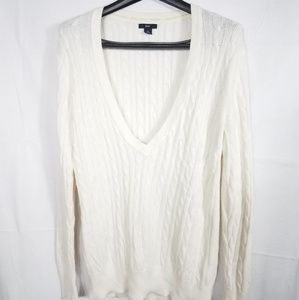 Gap Cable Knit Long Sleeve Vee-neck Sweater Large